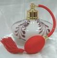 botella de perfume de cristal