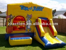 2013 Hot cartoon inflatable castle combo with slide