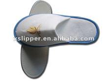 poly fleece disposable closed toe hotel slipper