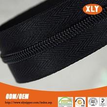 zipper manufacturer 5# nylon zipper rolls for industrial sewing machine