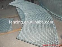 Quente mergulhado galvanizado passarelas aço chão ralar