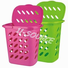 Portable laundry basket