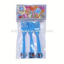 frozen party favors/plastic party fork