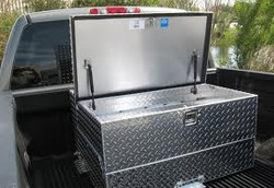 Aluminum truck body tool box