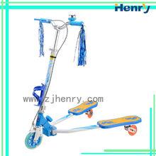Popular folding swing scooter for children