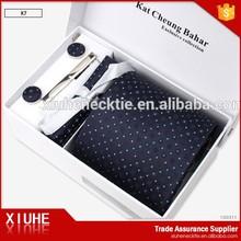 Men Patterned Tie And Pocket Square Gift Box Set