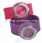 2013 silicone fashion vogue ladies watch quartz watch with crystal