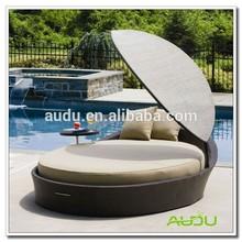 Audu Green Resin Wicker Outdoor Canopy Bed