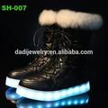 201 sıcak satış led sıcak kış ayakkabı usb led ışıklar ayakkabı çiftler led ayakkabı