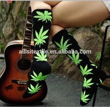 Wholesale Brand Men Socks Hip Hop Socks Fashion Cannabis Plantlife Socks Sport Weed Women Basketball Stockings