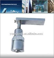 Elevator Square core Landing door outwardly opened lock