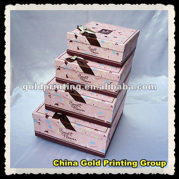 D coratifs en carton bo tes dans la taille diff rente - Boite decorative en carton ...
