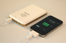 Exlusive design 10000mAh portable battery powered outlet For iphone