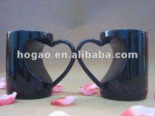 porcelian mug with heart holder