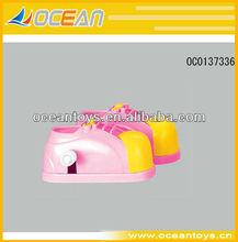 2013 caliente un par de zapatos de plástico cuerda a un juguete para la promoción ( 2 colores mezclados ) --- OC0137336