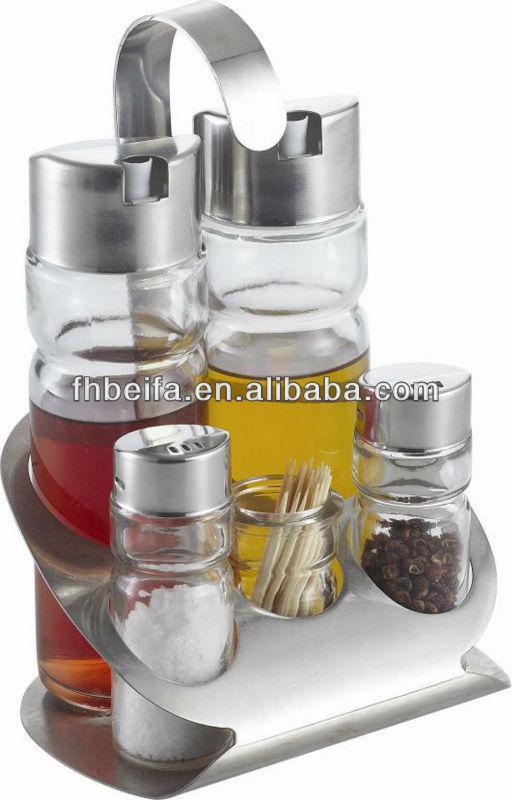 Glass oil vinegar salt pepper cruet