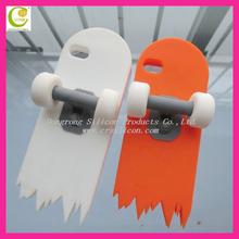 Strange and unique shape silicone skate board case for iphone 5