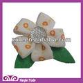 atacado decorativas flores feitas à mão de lã e