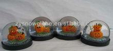 Plastic material halloween pumpkin snow globe