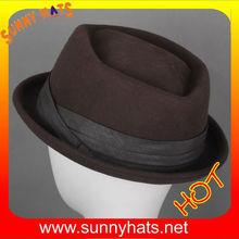 Dongguan manufacturing wholesale men crown hats with ribbon