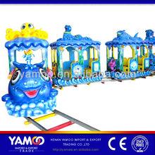 Theme park track train/electric train for amusement equipment