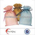 Alta calidad bolsas de regalo lindo muestras libres en bolsas de promoción