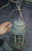 Art metal table lamp