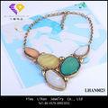 La moda de colores de la piedra natural de oro collar de cadena de 2013, los vendedores de collar