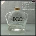 600ml speziell geformte klar wodka glas flasche in china