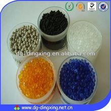 silice couleur blanche de gel deshydratant orange et bleu ( orange and blue )