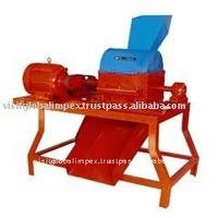 Soil grinding machine