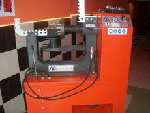 Rim Straightening Machine with Lathe