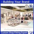 loja de varejo e design de interiores em madeira de chão de metal saco de roupas display stand