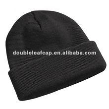 Plain black winter beanie cap/beanie hat