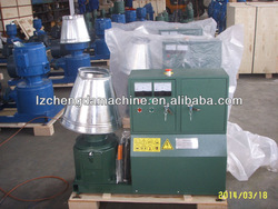 Flat die poultry feed processing equipment