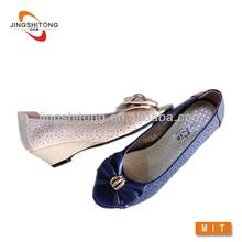 2015 mais recente projeto do salto das senhoras baixas sapatos importados da china