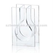 modern clear plexiglass fish aquarium or acrylic fish tank