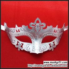 Wholesale Wedding Diamond Design High Quality White And Silver Pretty Plastic Party Mask Masquerade