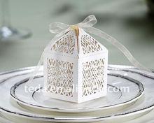 2014 laser cut white filigree wedding cake favor boxes