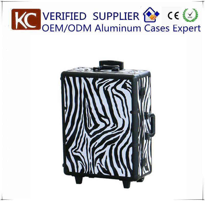 MOQ:1pc, Mobile Professional Aluminum makeup case with lights / Portable makeup station makeup studio