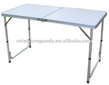 Aluminium folding picnic table