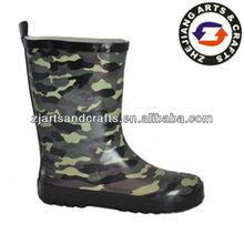 disruptive design camo rain boots