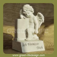 Sitting resin angel ornament