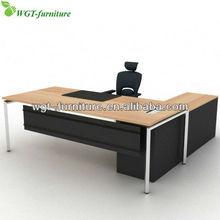 L Shape Modern Office Desk With Steel Frame