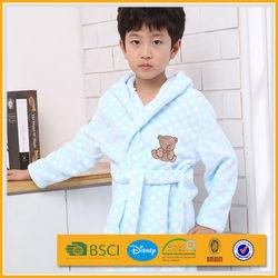 coral fleece dot pattern design for chlidren sleepwear bathrobe