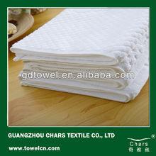 100%Cotton high quality thick jacquard logo design bath mat popular for hotel