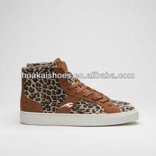 Del diseño del skateboarding zapatos casuales zapatos de invierno zapatos de piel de leopardo de impresión zapatos de mujeres de