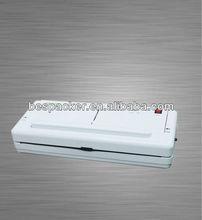 Vacuum packer household type vacuum sealer
