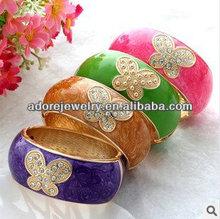 Nice design swirl epoxy / enamel paint ladies anniversary bangles bracelets