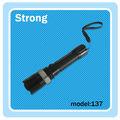 Mode 3 puissants. police lampe de poche cree rechargeable